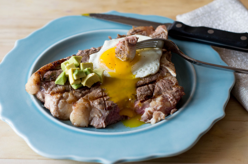 steak and eggs paleo